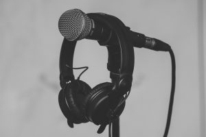 The Definitive Guide to the Best Recording Microphone: Which Microphone to Buy for Recording